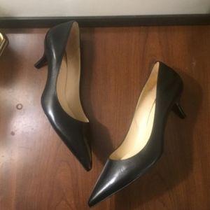 EUC Cole Haan + Nike Air Leather Heel